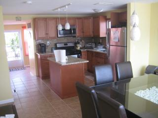 4 Bedrm - 2 bath - 10 houses from beach- renovated - Beach Haven vacation rentals