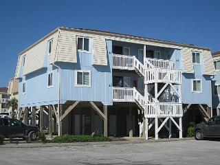 2 bedroom Apartment with Deck in Ocean Isle Beach - Ocean Isle Beach vacation rentals