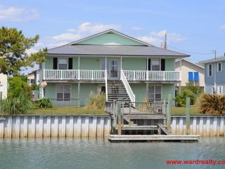 5 bedroom House with Fireplace in Topsail Beach - Topsail Beach vacation rentals