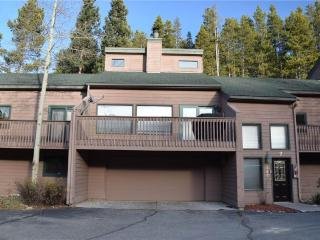 Economically Priced  2 Bedroom  - Eagle Ridge Townhome #2 - Breckenridge vacation rentals