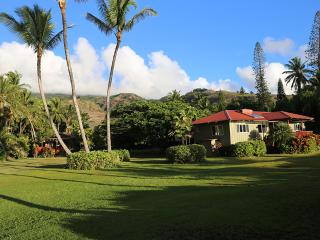 Private Oceanfront Home and Cottage, On the Beach! - Kaunakakai vacation rentals