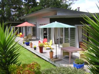 Country holiday, few minutes to surf beach - Mangawhai vacation rentals