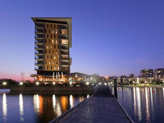 Darwin Waterfront Luxury Suites - 2 Bed Sleeps 5 - Darwin vacation rentals