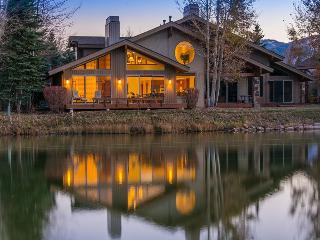 Four Lakes Ski Villa Located in Park Meadows with Stunning Mountain Views and Private Outdoor Hot Tub - Park City vacation rentals