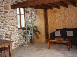 """gite rural""""la cabotte"""" - Venarey-les-Laumes vacation rentals"""