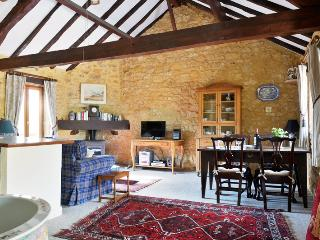 Haybarn, cosy Gite rental for 2, Dordogne - Peyzac-le-Moustier vacation rentals
