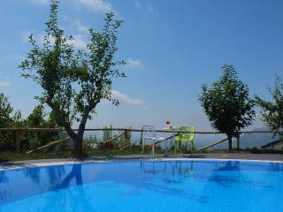 Charming 2 bedroom Condo in Cicerale - Cicerale vacation rentals