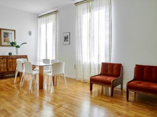 Colle Aperto - VIP location, fantastic apartment - Bergamo vacation rentals