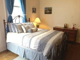 Suite Sanctuary (8 Blocks from French Quarter) - Louisiana vacation rentals
