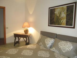 Cozy 3 bedroom Townhouse in Soverato with Deck - Soverato vacation rentals