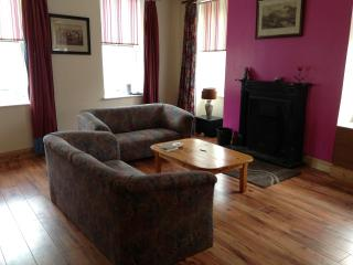 Bright 4 bedroom House in Graiguenamanagh - Graiguenamanagh vacation rentals