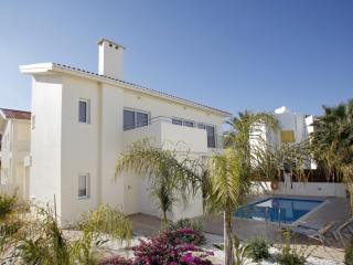 Cozy 3 bedroom Vacation Rental in Protaras - Protaras vacation rentals