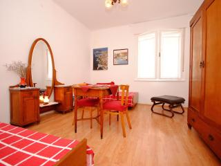 Retro apartment with 2 bedrooms in Split centre - Central Dalmatia vacation rentals