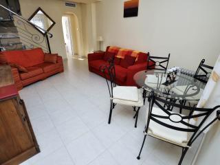 2 bedroom Villa with Internet Access in Quesada - Quesada vacation rentals