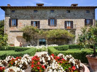 Spacious 7 bedroom Villa in Barberino Val d'Elsa - Barberino Val d'Elsa vacation rentals