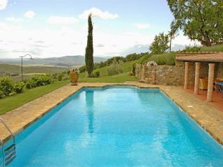 4 bedroom Villa in Castellina in Chianti, Chianti, Tuscany, Italy : ref 2293911 - Castellina In Chianti vacation rentals