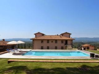 Comfortable 10 bedroom Villa in Loro Ciuffenna - Loro Ciuffenna vacation rentals