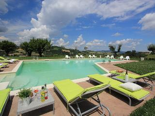 Marcheholiday Andromeda - Fossombrone vacation rentals