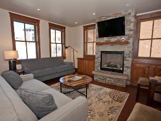 Ballard House North Condos Unit 201 - 2 Bedrooms - 2 Bathrooms - Sleeps 4 - Luxury Downtown Telluride Condo - Telluride vacation rentals