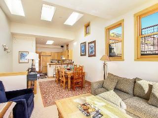 Conveniently located 2 bedroom downtown Telluride condo - Telluride vacation rentals