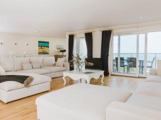 Mid-air 5* luxury penthouse at Hawkes Point - Saint Ives vacation rentals