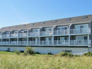 Golden Shores 7 - Direct Oceanfront One Bedroom Condo - Old Orchard Beach vacation rentals