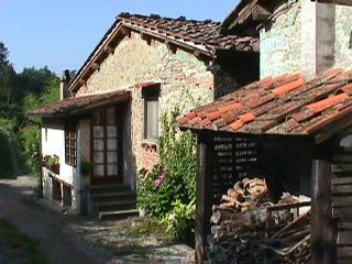 Molino Le Gualchiere - Apt Casetta 2 bedrooms - Loro Ciuffenna vacation rentals