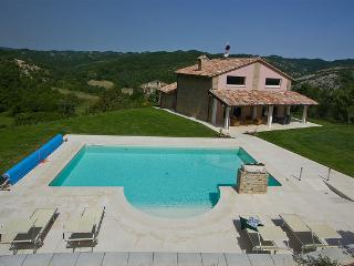 Marcheholiday Chipieri - Apecchio vacation rentals