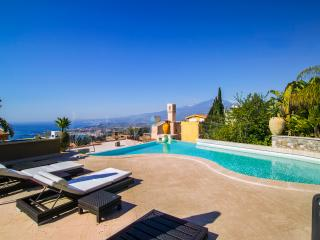 Beautiful Luxury Villa with Swimming Pool and Gym in Taormina - Villa Amerigo - Taormina vacation rentals