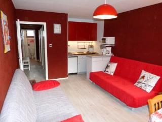T2, loggia, expo Est/Sud, ascenseur, belle vue - Bagneres-de-Luchon vacation rentals