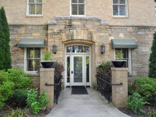 Biltmore Village Villas - Gorgeous Condo in the Heart of Biltmore Village - Asheville vacation rentals