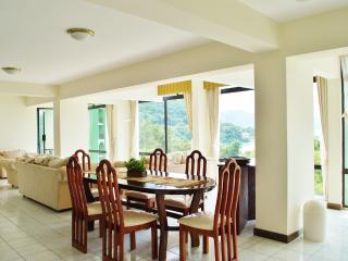 Holiday and vacation apartament rent in La Riviera de Atitlan, Panajachel, Solola. - Panajachel vacation rentals