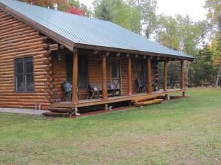 Cozy Log Home near Pictured Rocks! Sleeps up to 12! - Munising vacation rentals