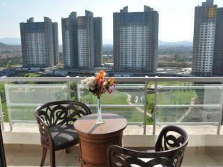 14 Square Blue Ridge 2 - Maharashtra vacation rentals