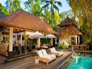 SL02 - Tabanan vacation rentals