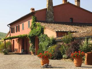 Villa in Castiglione d Orcia, Val d Orcia, Tuscany, Italy - Gallina vacation rentals