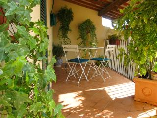 Terrazza Mercato, Car Unnecessary, Spoleto Centre - Umbria vacation rentals