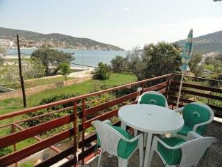 2 bedroom Condo with Internet Access in Vinisce - Vinisce vacation rentals