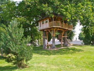 Romantic 1 bedroom Bas-Rhin Tree house with Balcony - Bas-Rhin vacation rentals