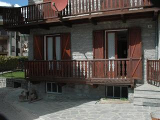Appartamento in centro paese a Brusson - Brusson vacation rentals