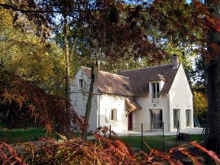 3 bedroom Cottage with Internet Access in Milly-la-Foret - Milly-la-Foret vacation rentals