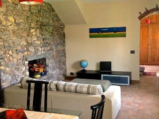 3 bedroom Villa with Internet Access in Ameglia - Ameglia vacation rentals