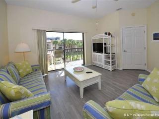 Ocean Village Q35, 3rd floor, Elevator, 2 pools, HDTVs and wifi - Saint Augustine vacation rentals