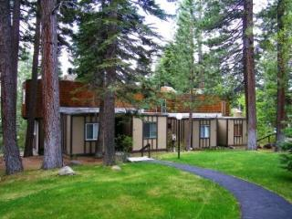 Wonderful Condo just minutes from downtown Tahoe City ~ RA45242 - Tahoe City vacation rentals