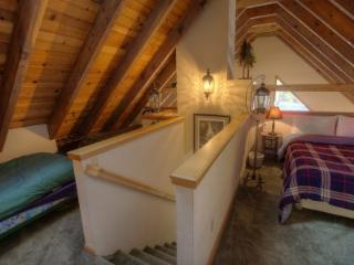 Remodeled Cabin with Perfect Access to Reknown Ski Resorts ~ RA44982 - South Lake Tahoe vacation rentals