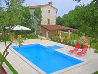 Villa, Pula Krnica ~ RA30813 - Krnica vacation rentals