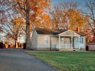 Nations Capital Cottage - Virginia vacation rentals