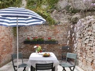 Simeone IV Piccolo - Venice vacation rentals