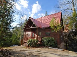 1 Bedroom Luxury Log Cabin Near Dollywood, Pigeon Forge and Gatlinburg - Sevierville vacation rentals