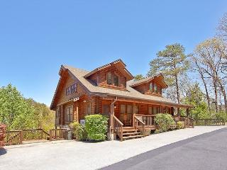 Smoky Bear 280, 2 bedroom Pigeon Forge Log Townhouse Close to Dollywood - Sevierville vacation rentals